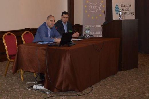 Photo of Заповед в ГЕРБ: Кампанията за местен вот да не бута правителството