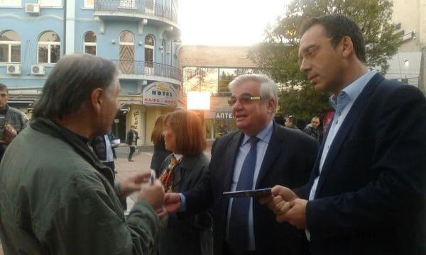 Photo of Кметът на Бургас Димитър Николов подкрепи проф. Димитър Стойков за предстоящия балотаж в неделя в Плевен
