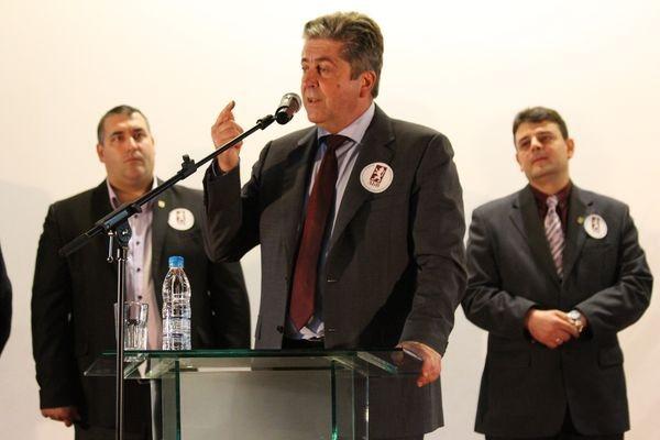 Photo of Георги Първанов се е обзаложил за победата на кандидат-кметът на АБВ в Силистра Ростислав Павлов