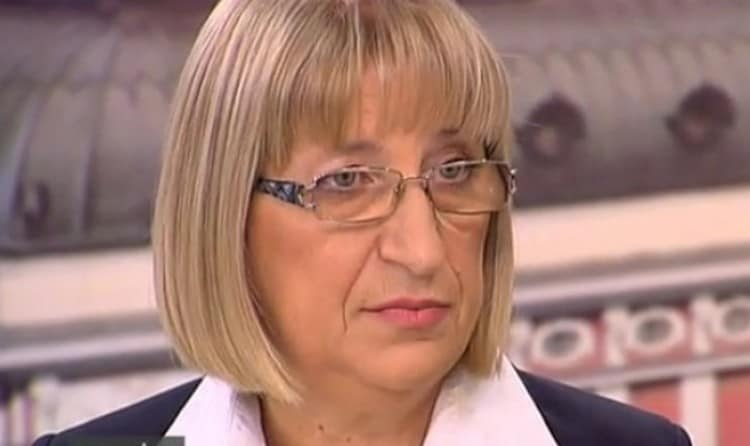 Photo of Цецка Цачева към избирателите: Да не се страхуват от местни величия и феодали и да направят точния избор